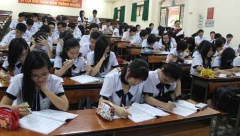Nhiều giáo viên còn hạn chế về tiếng Anh dẫn đến nhiều người mang tâm lý e ngại khi tiếp xúc với học sinh. (ảnh minh họa)