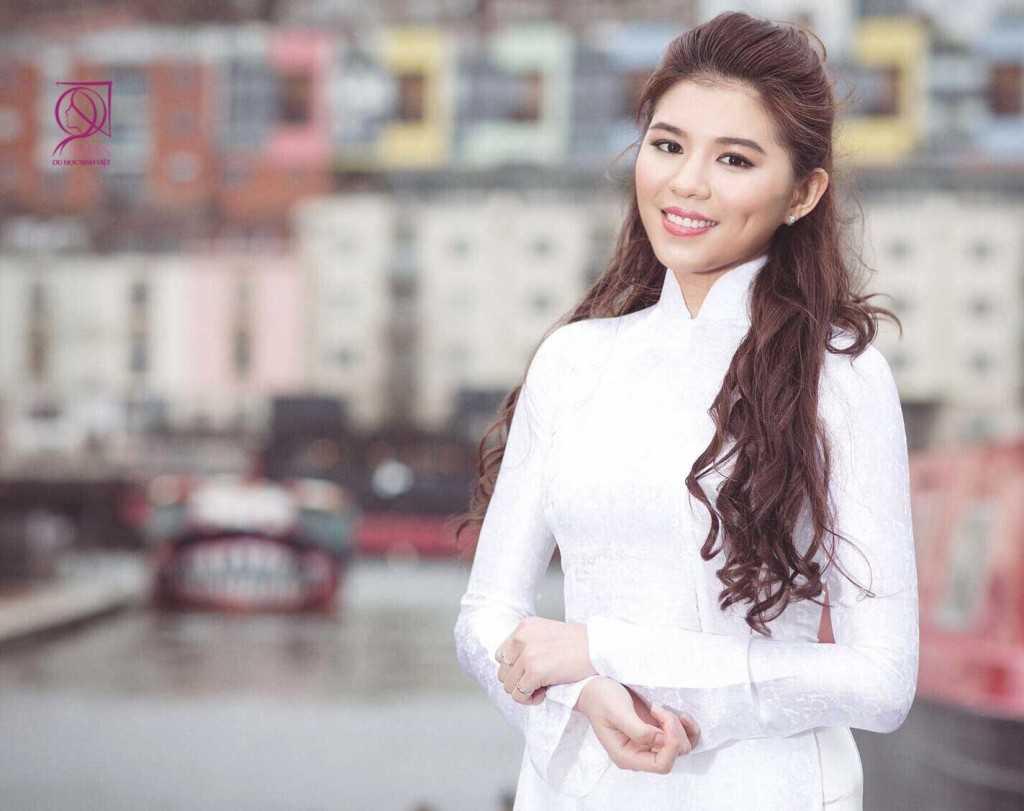 Nguyễn Cát Nhiên sinh năm 1995 – Du học sinh: University of the West of England là Á khôi 2 của cuộc thi