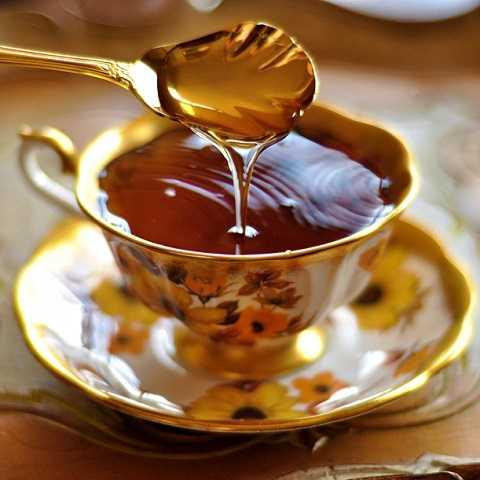 Mật ong bảo quản ở nhiệt độ càng cao thì sinh ra chất HMF càng nhiều.