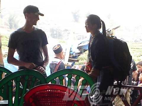 Nhiều cặp trai Tây gái Mông đến với nhau khi làm hướng dẫn viên du lịch