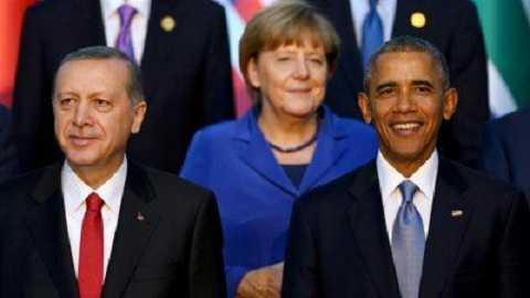 Thủ tướng Đức Angela Merkel (giữa), Tổng thống Mỹ Barack Obama (phải) và Tổng thống Thổ Nhĩ Kỳ Recep Tayyip Erdogan