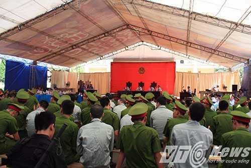 43 bị cáo bị Tòa án tuyên phạt tử hình và chung thân trong Chuyên án 006-N, xét xử sơ thẩm hồi tháng 6/2014 - Ảnh MK