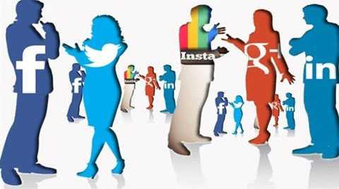 Nhiều bạn trẻ bày tỏ mạng xã hội là nơi kết nối họ với thế giới.