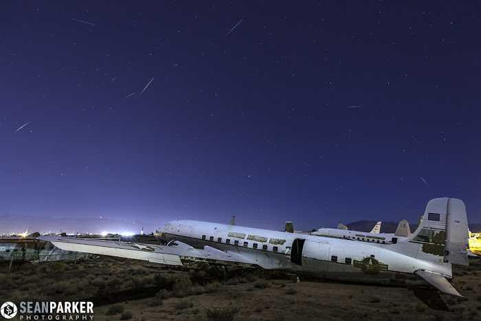 Những vệt sao băng Quadrantid ở Căn cứ Không quân Davis-Monthan