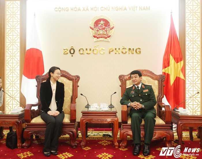 Thượng tướng Võ Văn Tuấn tiếp bà Shuko Ogawa - Ảnh: Hồng Pha