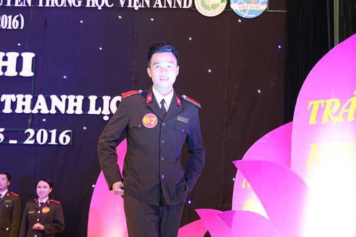 Nguyễn Thành Tuân (SBD 07).