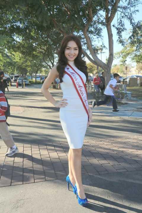 Mới đây, HH Jennifer Chung tiếp tục thử sức mình với cuộc thi Miss California Usa 2016 và đã dành được giải thưởng Miss People's Choice, một giải thưởng mà chưa có bất kì cô gái Việt nào chạm đến tại cuộc thi này.
