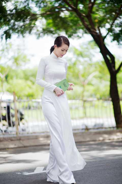 Phương Anh hy vọng, với những bước thử sức ban đầu, người đẹp sẽ gặt hái được thành công trên con đường nghệ thuật.
