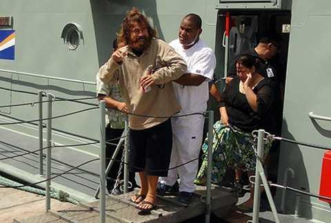 Alvarenga được cứu sau khi dạt vào bờ quốc đảo Marshall ở Thái Bình Dương hồi tháng một năm ngoái. Ảnh: AFP