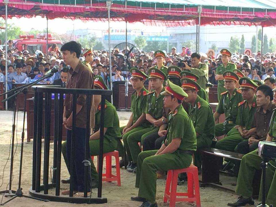 Bị cáo Nguyễn Hải Dương trả lời HĐXX