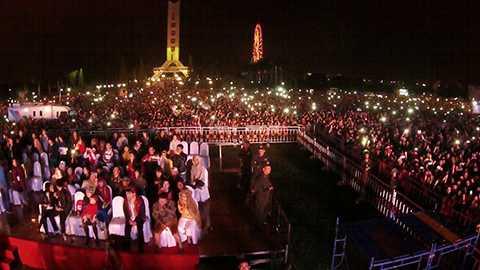 """""""Chào năm mới-Special Countdown Party"""" luôn thu hút sự tham dự của người dân và du khách Đà Nẵng"""