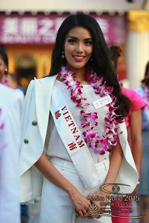 Hình ảnh đẹp của cô tại buổi lễ diễu hành vào ngày 29/11.