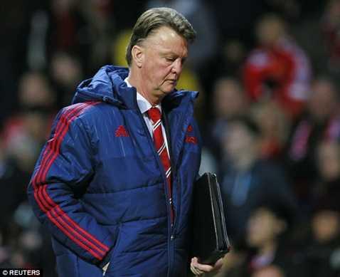 Van Gaal rất dễ theo bước Mourinho