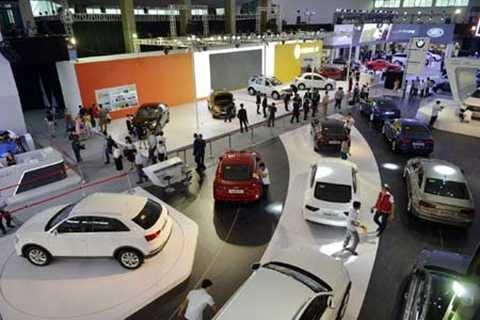 Nguyên nhân chính làm giá xe cao là do thuế, phí chiếm tới hơn 50% giá xe tại Việt Nam.