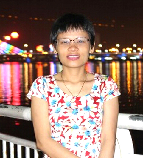 Cô giáo Hòa, vợ một cảnh sát biển đang ngày đêm giữ biển.