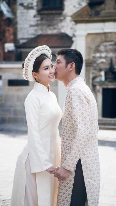 Mỹ nhân gốc Vĩnh Long rất hạnh phúc vì được chồng luôn yêu thương, lo lắng và chiều chuộng.