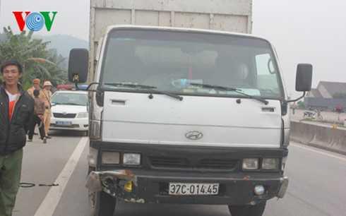 Chiếc xe do tài xế Lê điều khiển gây tai nạn và bỏ trốn