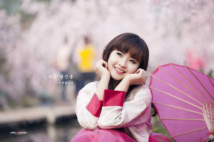 Nụ cười hồn nhiên của nữ sinh xinh đẹp Thanh Thủy.