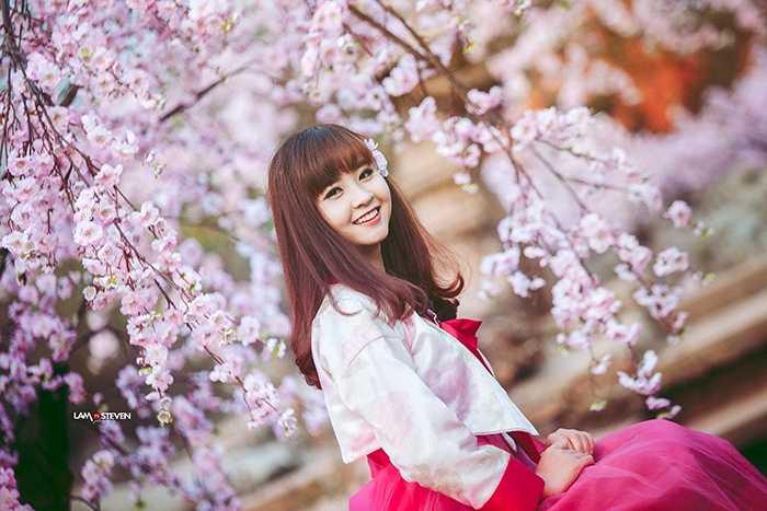 Cô bạn cũng từng tham gia cuộc thi Miss HaNoi Photo Model và là một trong những gương mặt ấn tượng của cuộc thi.