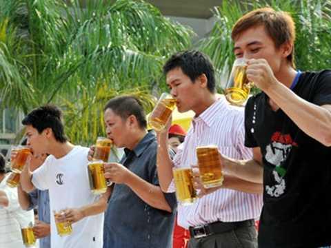 Mỗi người Việt tiêu thụ bình quân 50 lít bia/năm, đứng đầu Đông Nam Á