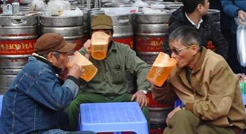 Cả nước tiêu thụ khoảng trên 3 tỷ lít bia/năm, tương đương số tiền 65.000 tỷ đồng