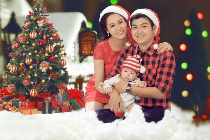 Nhật Kim Anh luôn mang đến cho người hâm mộ sự  ngưỡng mộ bởi họ luôn giữ được tình yêu, sự hạnh phúc trong gia đình của người nổi tiếng.