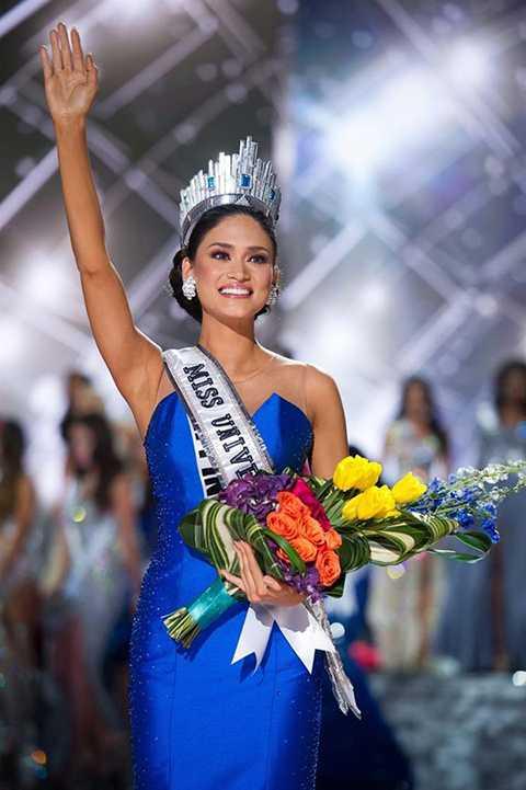 Năm 2015, cô đoạt vương miện Hoa hậu Hoàn vũ Philippines 2015, là đại diện cho Philippines tham dự chung kết Hoa hậu Hoàn vũ thế giới và giành được ngôi vị cao nhất.