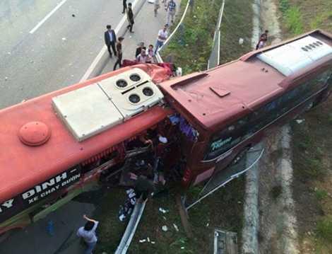 Vụ tai nạn thảm khốc khiến nhiều người thương vong