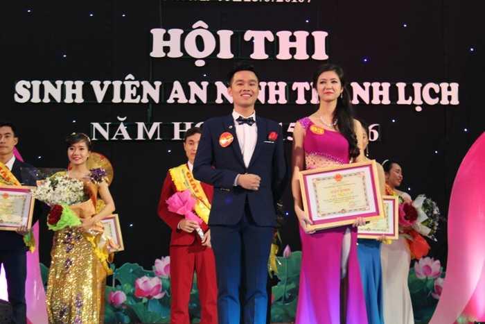 Thành Tuân - Tuệ Nhi - Cặp đôi xuất sắc nhất cuộc thi.