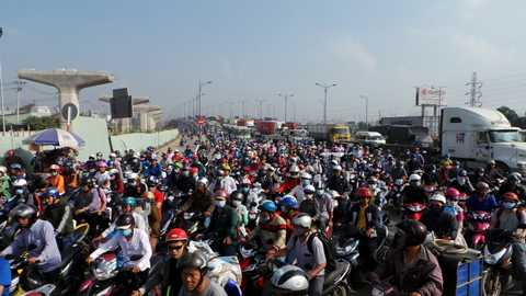 Vụ tai nạn khiến giao thông qua khu vực kẹt xe kinh khủng.