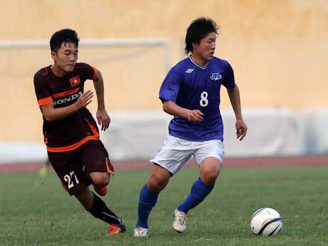 Xuân Trường chơi bóng ở K-League