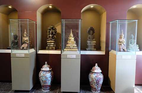 Cổ vật quý hàng trăm năm tuổi