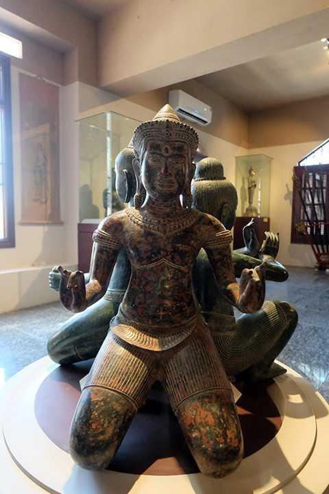 Tượng Phật văn hóa Chăm