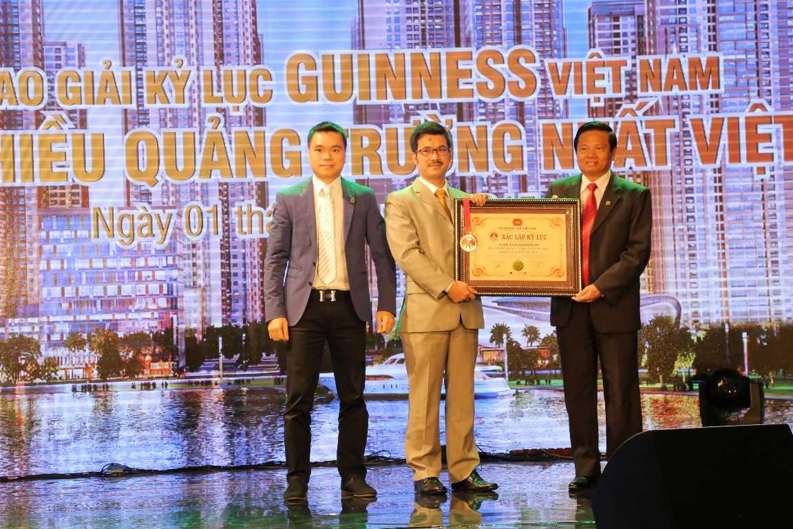 Dự án Goldmark City do TNR Holdings VN phát triển đã được chứng nhận  lập kỷ lục Guiness Việt Nam