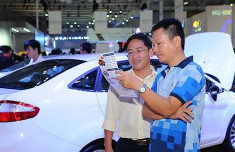 Năm 2015 được xem là năm lịch sử về doanh số bán ra của ngành ô tô. Ảnh: QUANG HUY