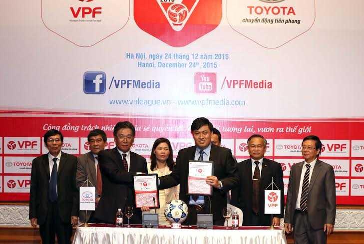 Toyota năm thứ 2 tài trợ cho V-League (Ảnh: Quang Minh)