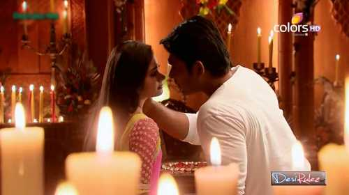 Khán giả Việt càng tiếc nuối hơn khi nhân vật Anandi bị thay thế bởi một diễn viên khác không phảiPratyusha.