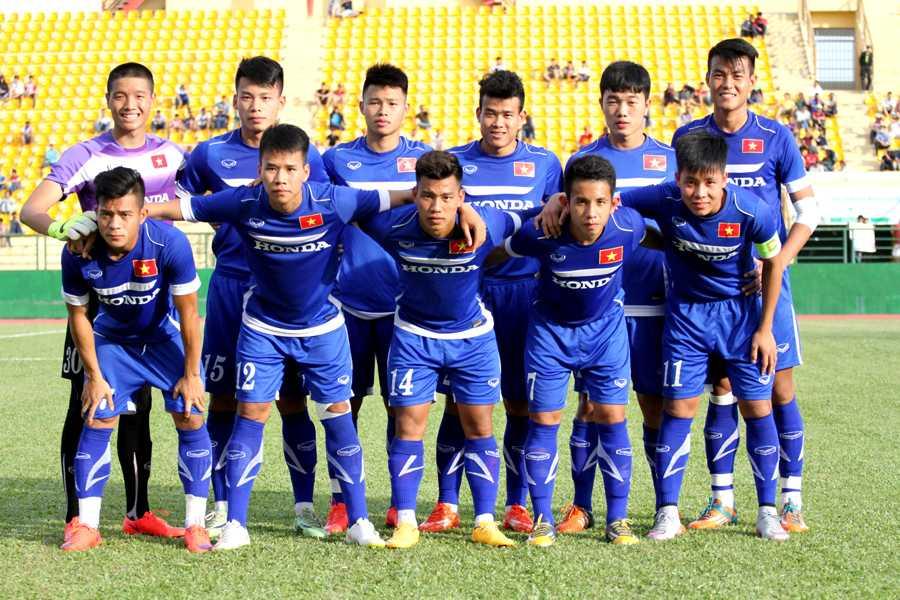 Đội hình xuất phát của U23 Việt Nam (ảnh: Hoàng Tùng)