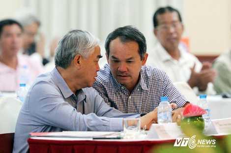 Bộ đôi doanh nhân, quyền lực nhất VFF (Ảnh: Quang Minh)