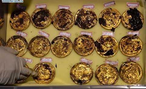 """Mỗi chiếc """"bánh vàng"""" có cân nặng khoảng 250 gram"""