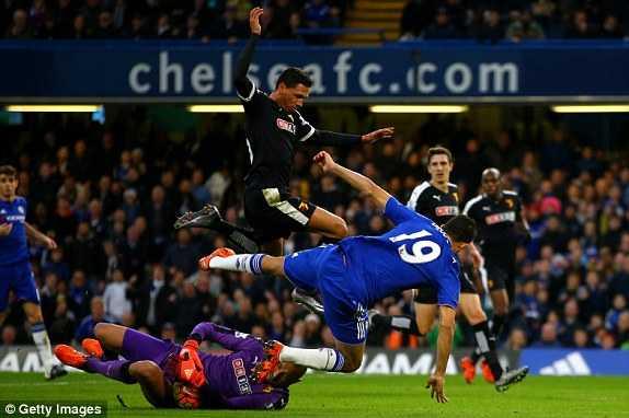 Trực tiếp Chelsea vs Watford: Trận ra mắt của Guus Hiddink