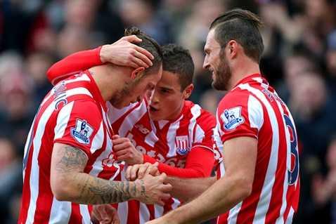 Stoke City chiến thắng xứng đáng