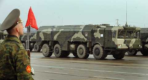 Tổ hợp tên lửa đạn đạo chiến thuật có khả năng mang đầu đạn hạt nhân Iskander của Nga