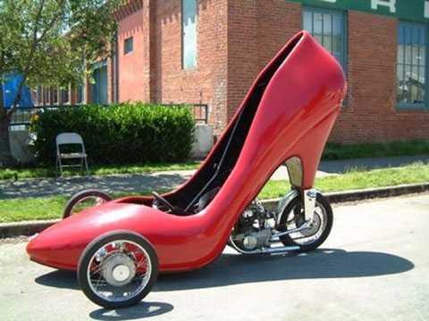 Xe hơi giày cao gót