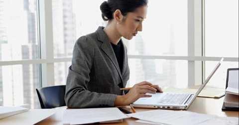 Công việc bán thời gian liên quan phân tích quản lý có thể giúp kiếm thêm hàng chục ngàn USD mỗi tháng. Trung bình, mức lương của nghề này lên đến gần 38.000 USD/năm.
