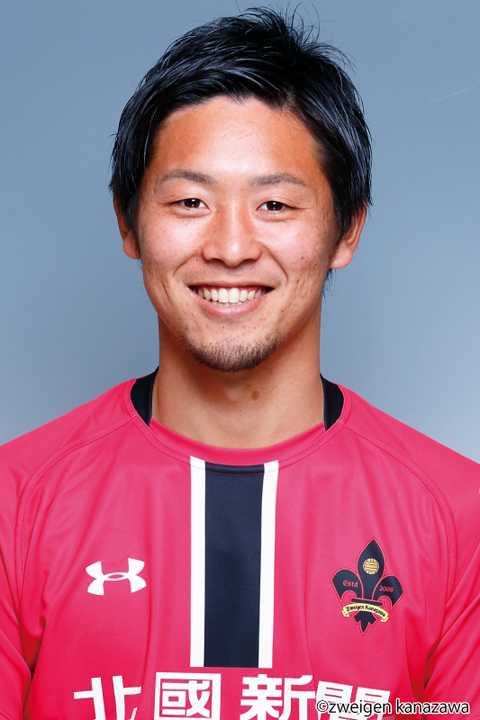 Santo Kazuhiro vừa gia nhập Mito Hollyhock