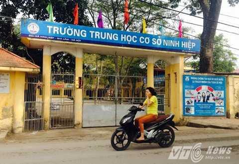 Học sinh xã Ninh Hiệp đã đi học bình thường trở lại