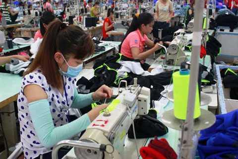 Mức thưởng Tết bình quân ở các doanh nghiệp dệt may là 1 tháng lương