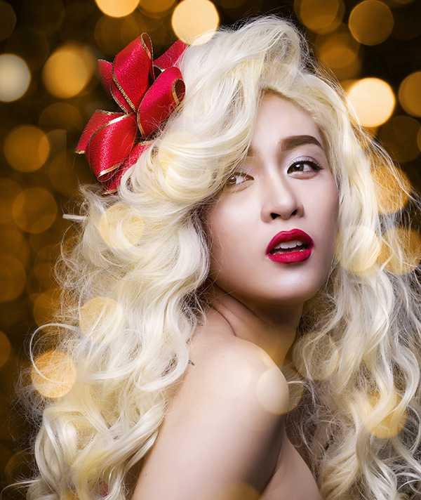 """Sau khi ra mắt Single đầu tay """"Miss Call"""" thành công mới đây, Hoa Di Linh cũng nhận được nhiều phản hồi tích cực của người nghe kể từ khi bước ra ở cuộc thi """"Vietnam Idol 2015""""."""