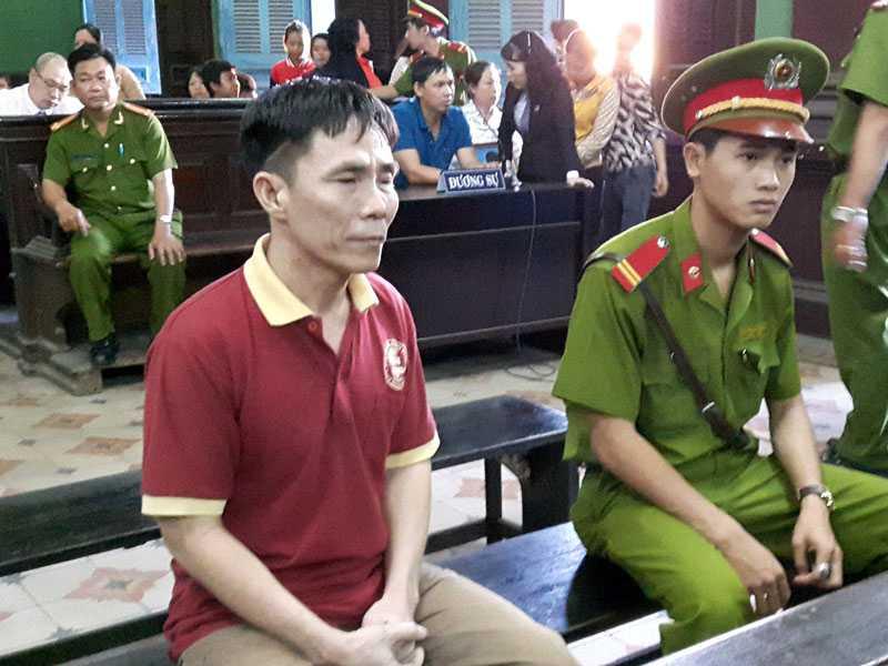 Bị cáo Huynh trong giờ nghị án.